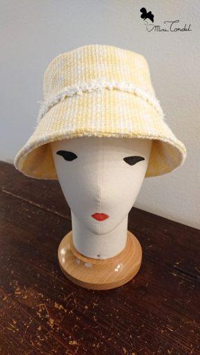 Cappello a secchiello in tweed giallo, fronte