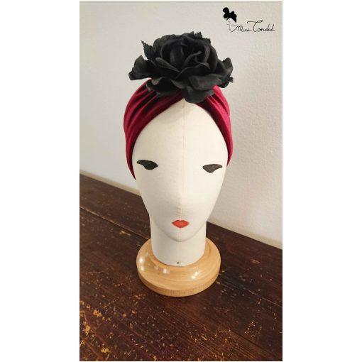 Fascia bordeaux con rosa nera