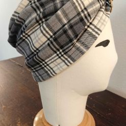 Turbante in tartan, lato