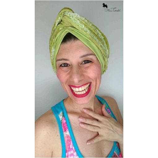 Turbante con foulard incorporato